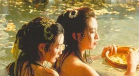 30岁之前,张曼玉和巩俐,已经成为了华语电影女演员的天花板