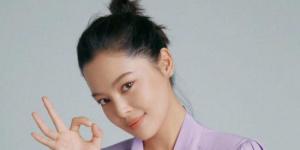 辛芷蕾回应点赞郑爽离婚新闻:这个手确实容易滑