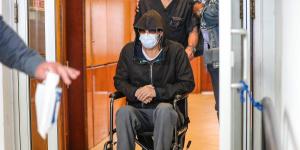 57岁布拉德·皮特坐轮椅憔悴现身医院 病因竟是!
