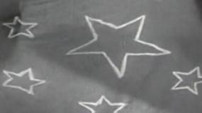 信仰不死!《烈火中永生》她们画出最鲜艳的五星红旗