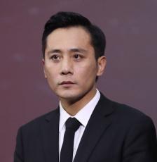 刘烨、宫哲轻伤不下火线 咬牙坚持拍摄《守岛人》