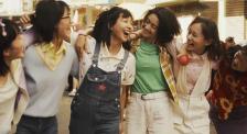 """《阳光姐妹淘》:重拾记忆碎片 包贝尔讲述""""姐妹""""故事"""