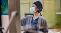 一线抗疫医护评测《中国医生》:它真实在哪里?