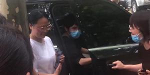 暖心!网友偶遇刘昊然回家乡河南运输救灾物资