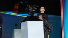 一睹国宝真容!文物牛首亮相第6届成龙国际动作电影周